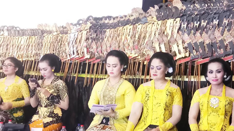 Nonton Wayang Bareng Maryadi
