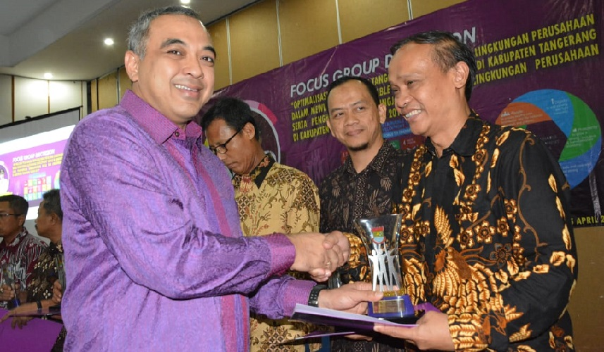 Pemkab Tengerang Beri Penghargaan CSR