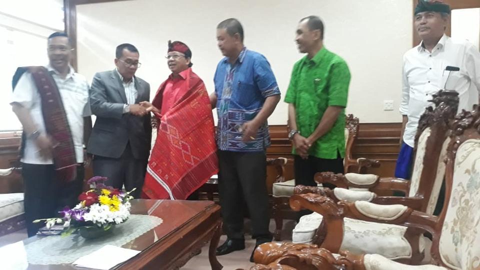 Gubernur Bali Minta IKBB Dukung Program Bali