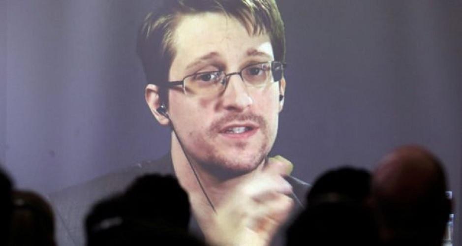 Snowden: Penangkapan Assange Pukulan terhadap Kebebasan Pers