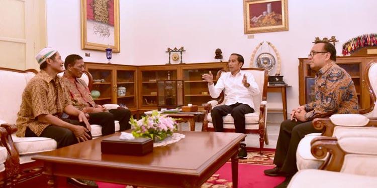 Dapat Modal dari Presiden, Rajab-Ismail Korban Penjarahan Akhirnya Berjualan Lagi