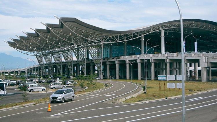 Mulai Tahun Ini Jamaah Haji/Umroh Jabar Bagian Timur Berangkat dari Bandara Kertajati