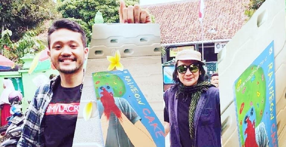 Lagu 'Titi Kolo Mongso' Ilhami Novel  'Rainbow Cake'