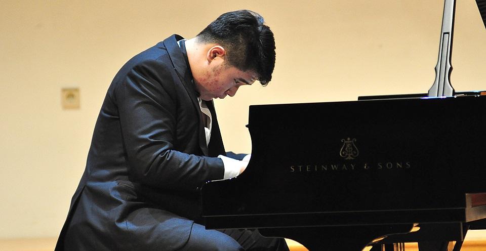 Konser Pianis Klasik Jonathan Kuo, Diawali dari Karya Beethoven, Diakhiri dengan Prokof