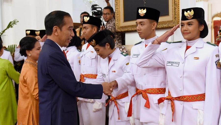 Presiden Kukuhkan Anggota Paskibraka 2019