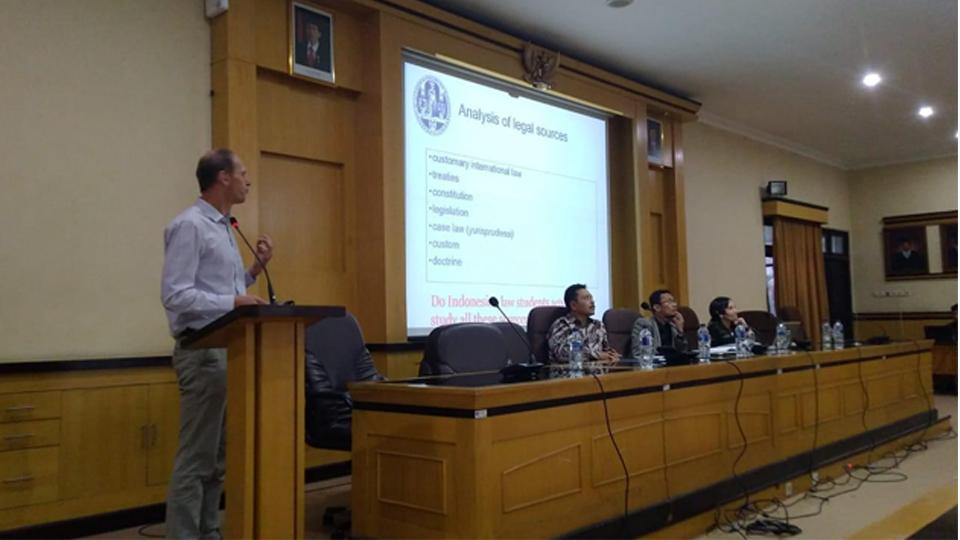 SLEEI, Perkuat Pendidikan Hukum Indonesia