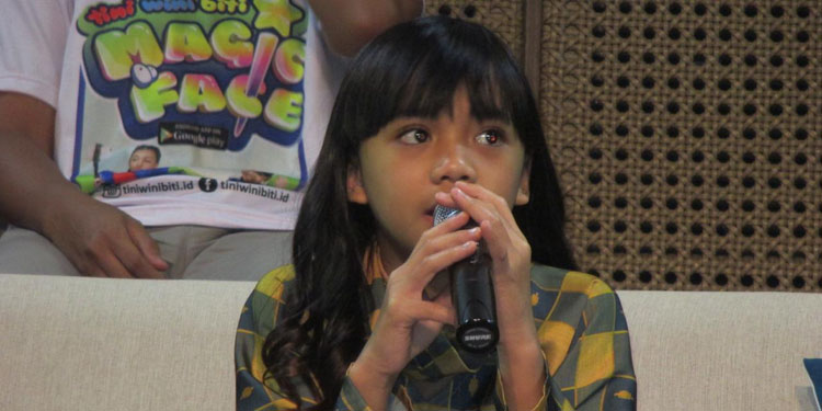 Ini Dia Neona Penyanyi Cilik Sukses, Anak Nola B3