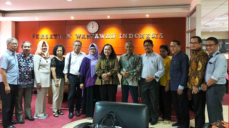 PWI Peduli dan Foodbank Siap Salurkan Pangan
