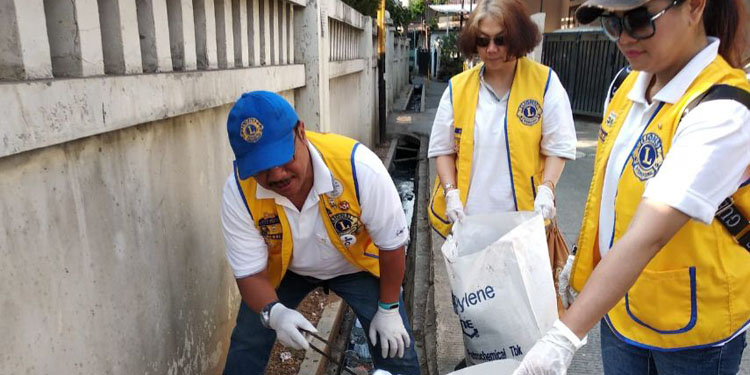 World Cleanup Day 2019: Lions Club Berantas Sampah Plastik