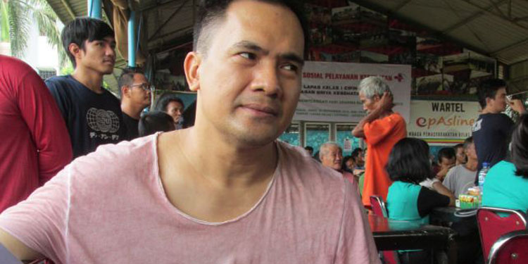 Baksos Berbagi Kasih di Lapas Cipinang,  Penyanyi Dangdut Saipul Jamil Antri Periksa Gigi