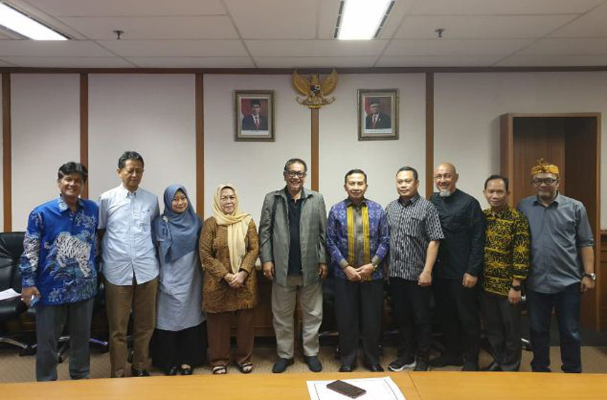 Pengurus Persatuan Perusahaan Film Indonesia (PPFI) mengunjungi Lembaga Sensor Film–foto wina armada sukardi