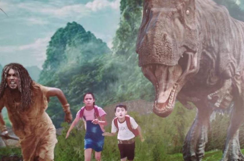 Teater Keong Emas TMII Sajikan 'Tersesat di Negeri Dinosaurus'