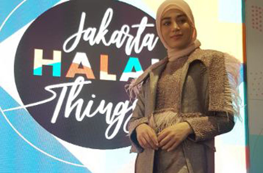 Halima Aden, Supermodel Amerika yang Bangga Kenakan Hijab di AS
