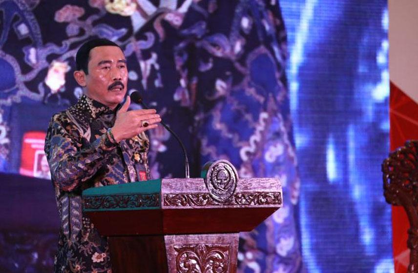 Sekjen Kemendagri dalam Rapat Koordinasi Nasional Pemantapan Pengawasan Tahun 2020 di Hotel Borobudur, Jakarta, Rabu (11/12/2019)–foto puspen kemendagri