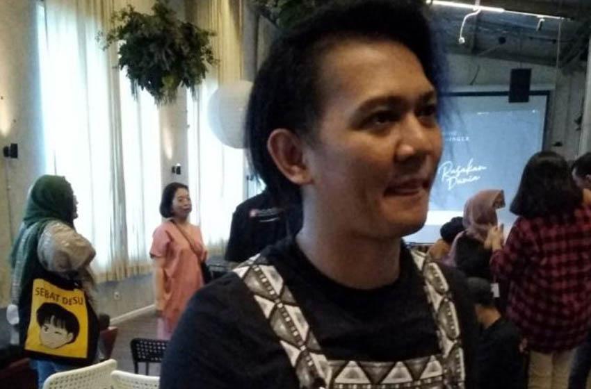 Ifan Oshi–foto ipik tanoyo