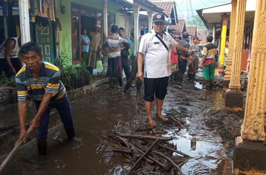 Bondowoso Diterjang Banjir Bandang