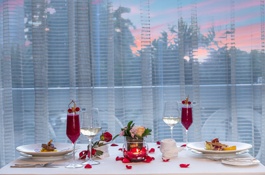 Valentine Day tak Terlupakan di The Ritz Carlton Jakarta