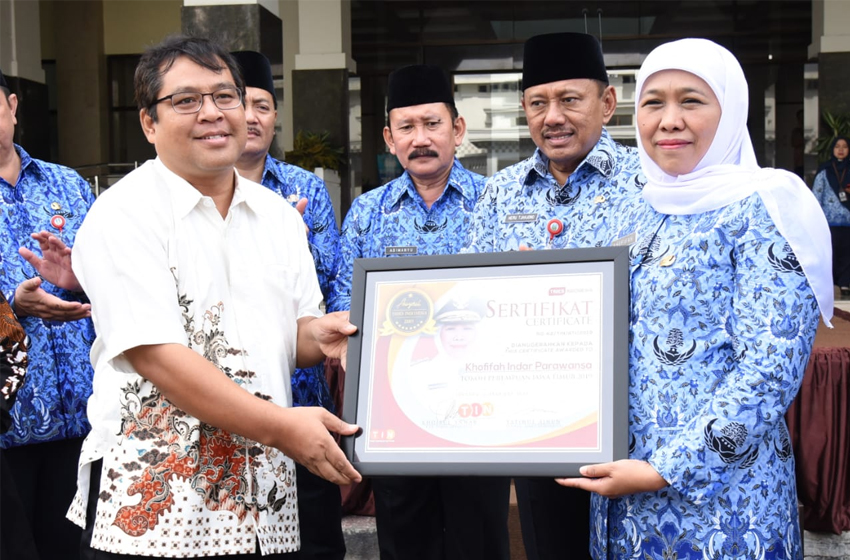Gubernur Khofifah, Tokoh Perempuan Jatim Times Indonesia