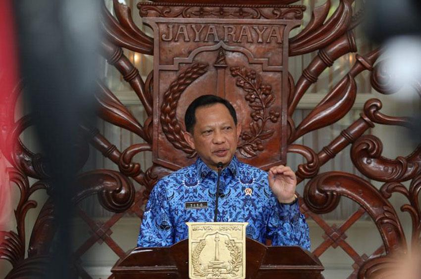 Menteri Dalam Negeri, Tito Karnavian di Balaikota Jakarta, 17 Maret 2020–foto puspen kemendagri