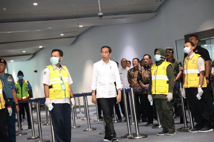 Presiden Tinjau Pembersihan Bandara Soekarno-Hatta