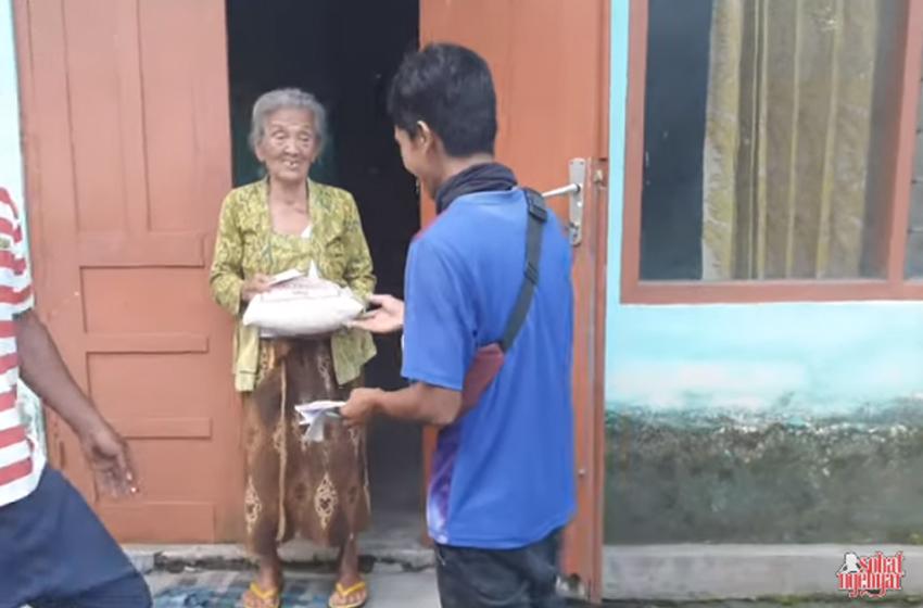 """Dalang Seno Galang Bantuan bagi """"Korban Corona"""""""