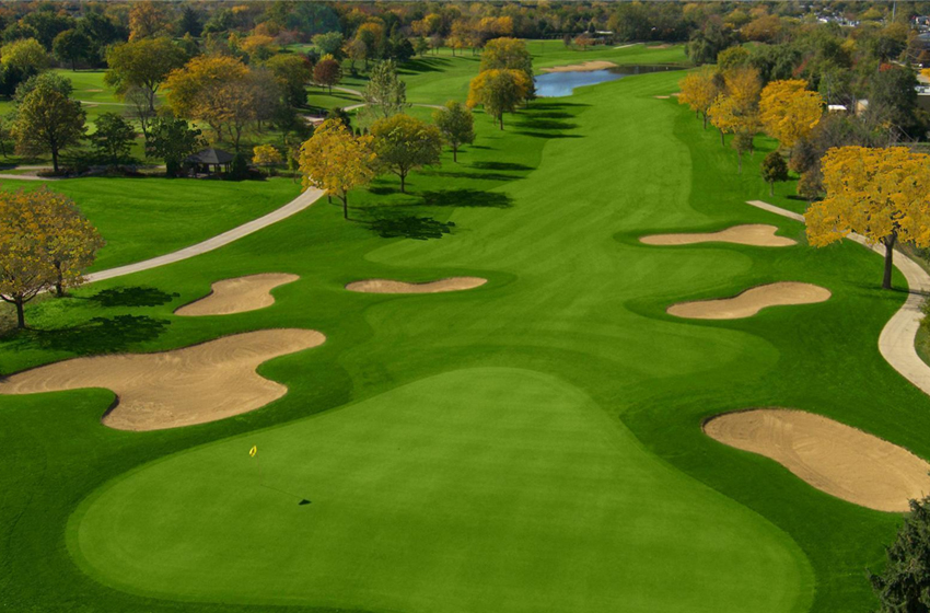 Rindu Golf, Benci Corona