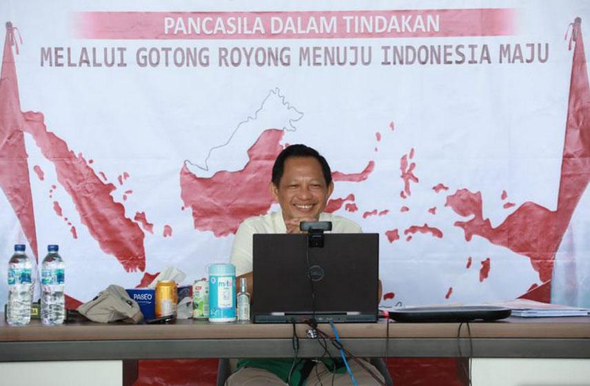 Mendagri Tito Karnavian–foto Puspen Kemendagri