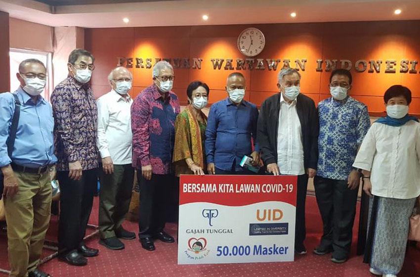 PWI Terima 50 Ribu Masker dari Gajah Tunggal Group
