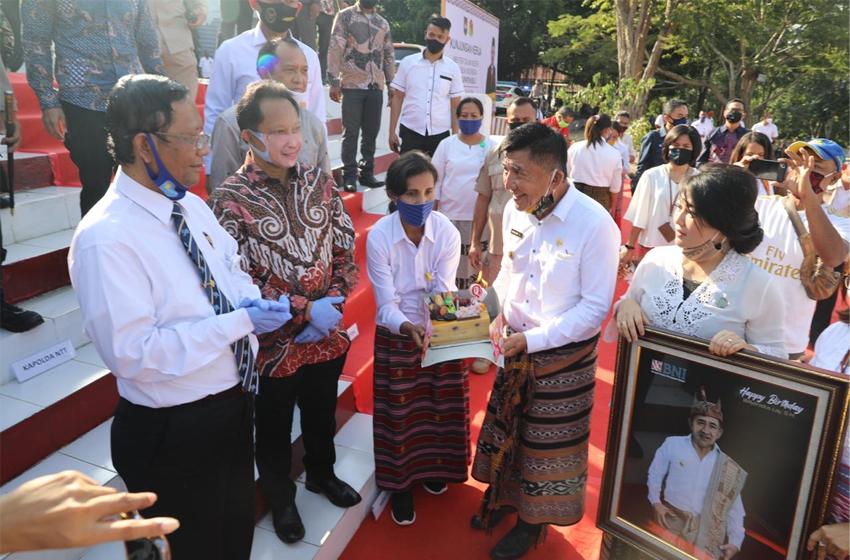 Mahfud MD dan Tito Karnavian Tinjau Kesiapan Pilkada Serentak di Atambua
