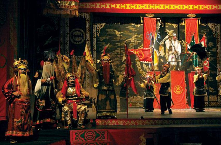 Lakon 'Siejinkwie' oleh Teater Koma (foto Image Dynamic)