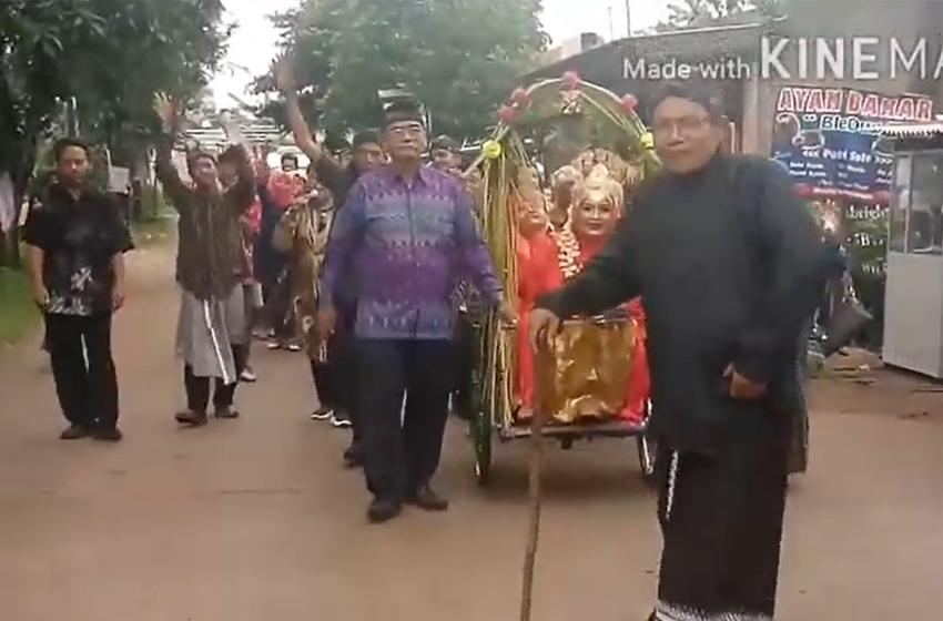 Mengiring Pengantin Paling Unik di Bekasi