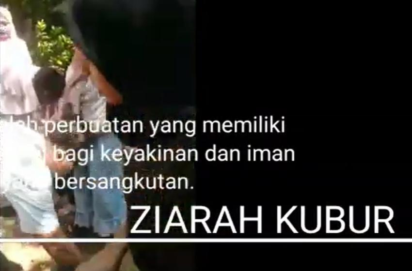 Tradisi Ziarah Kubur