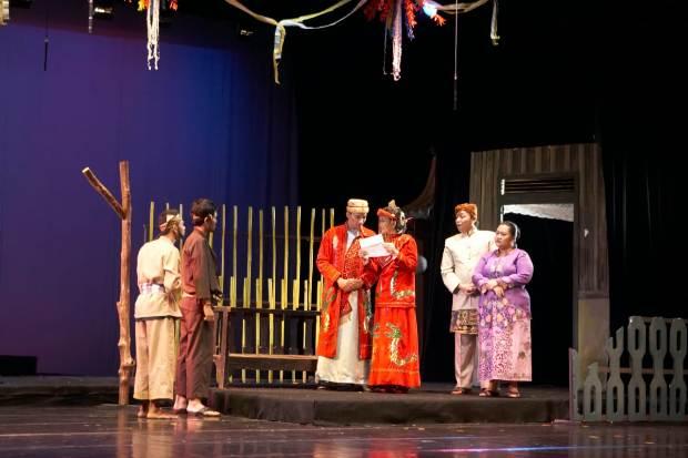 Teater Abnon Pentaskan 'Cinta Dasima'