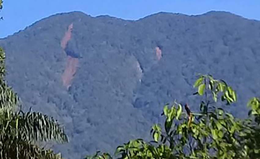 Longsor di sekitar Gunung Salak Jawa Barat–foto BNPB