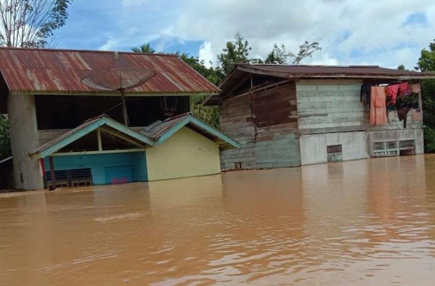BNPB Pasang Sistem Peringatan Dini Banjir dan Longsor