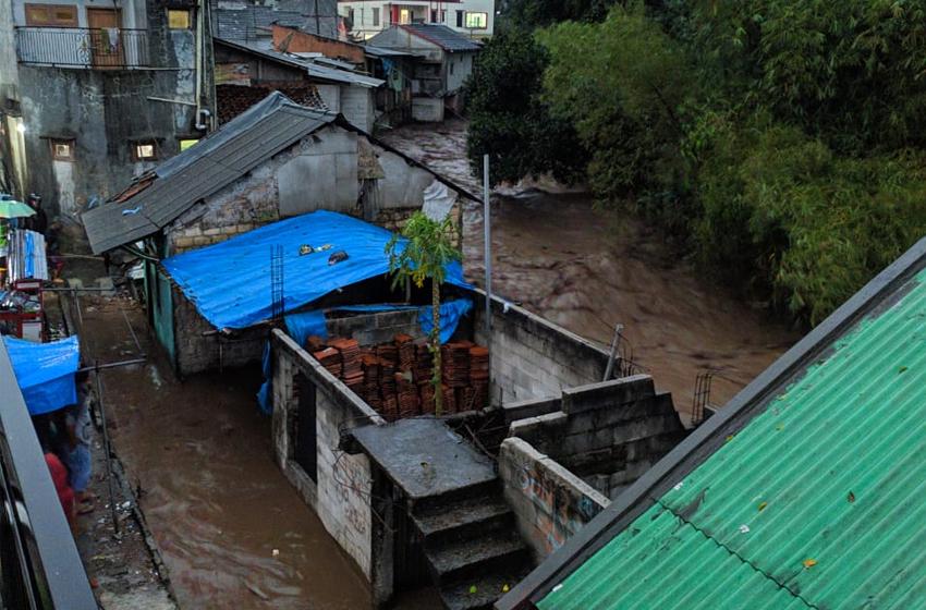 Banjir bandang di Cicurug. (foto: BNPB)
