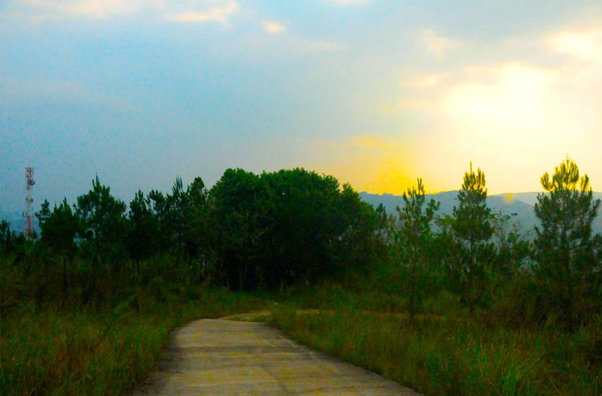 Panorama alam yang indah di lokasi Dynamix Park, Cibadak, Sukabumi. (foto: renzo)
