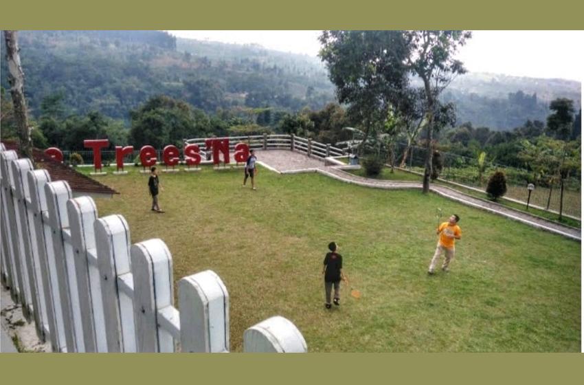 Villa de Trees'Na di Kaki Pangrango