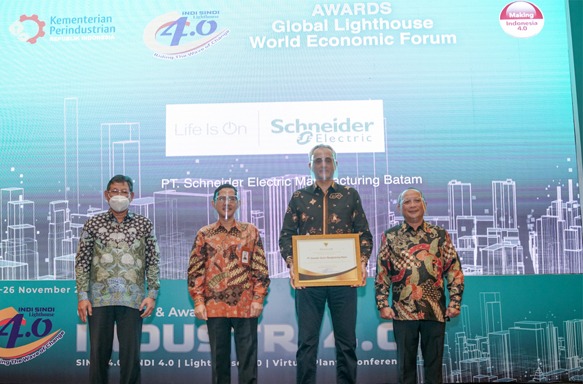 Kembali Raih Penghargaan INDI 4.0, Schneider Electric Dorong Kolaborasi dalam Transformasi Industri 4.0