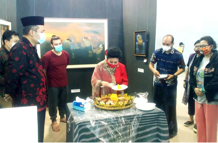 Karya Tiga Pelukis Manca Negara di Rest Area Banjaratma