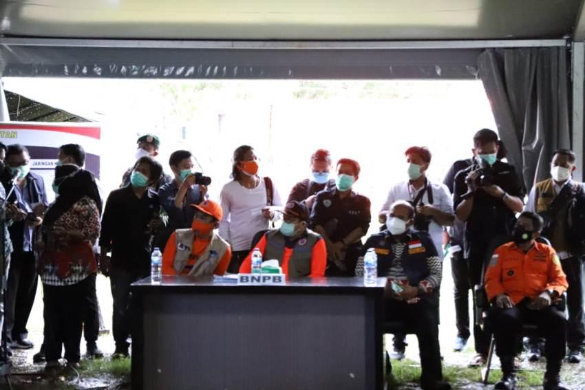 Menko PMK Apresiasi BNPB dalam Penanganan Gempa Sulbar