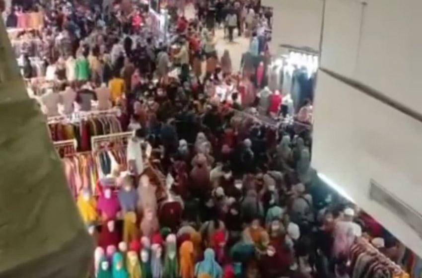 Pasar Tanah Abang 'Mengerikan', Netizen Ngamuk: Mudik Dilarang Berjubel di Pasar Dibolehkan
