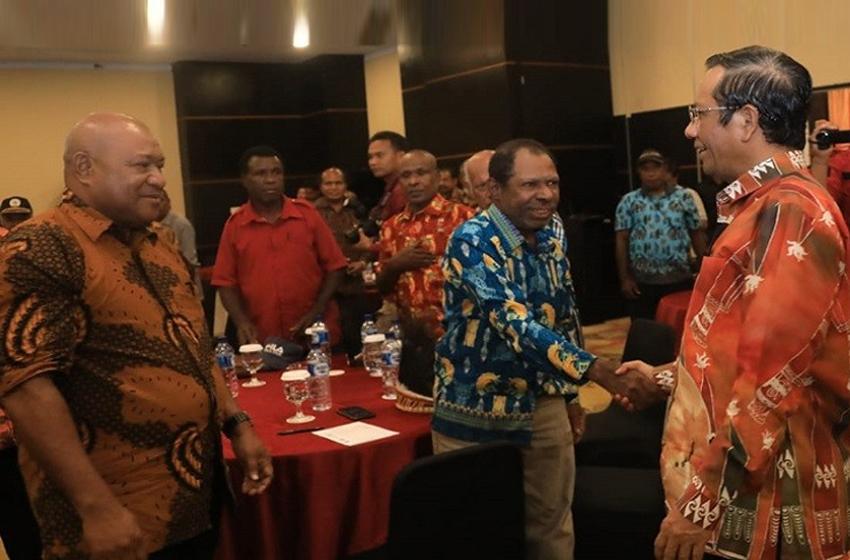 Menko Polhukam Terus Bangun Dialog dengan Tokoh-tokoh Papua