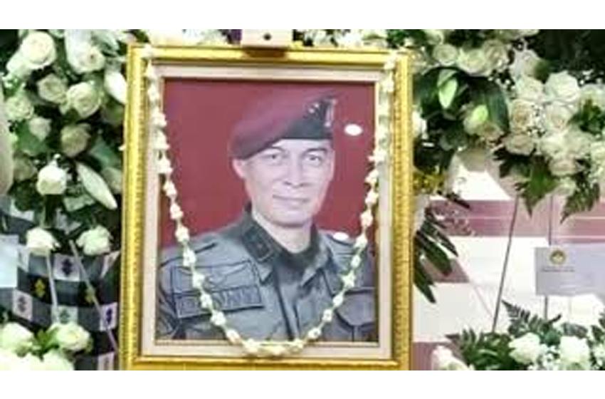 Penghormatan Terakhir Letjen TNI Doni Monardo kepada alm Mayjen TNI Anumerta Putu Danny