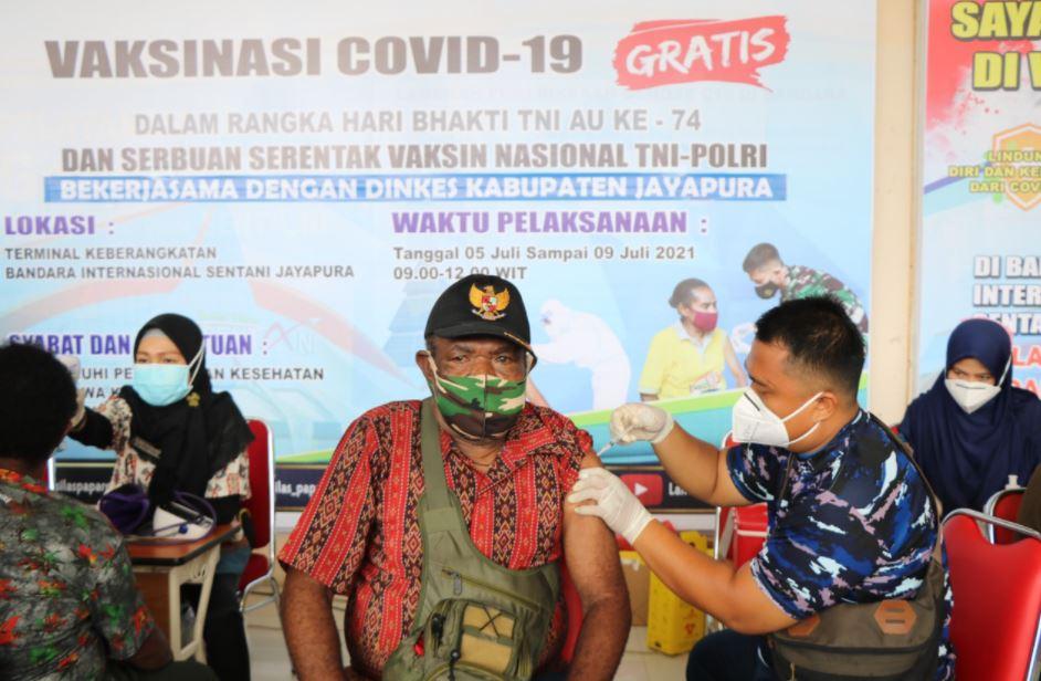Sebanyak 2.834 Orang telah Divaksin Covid-19 di Lanud Silas Papare Jayapura