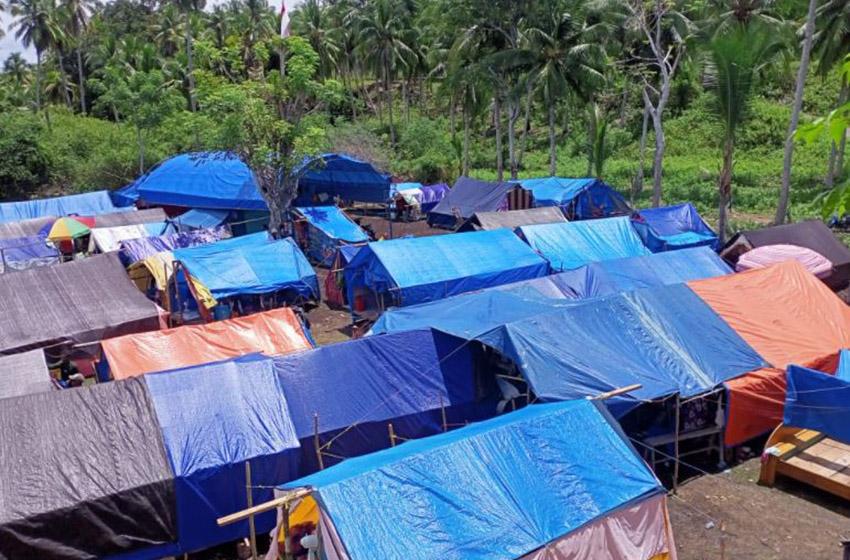Pascagempa M5,8 Masyarakat Tojo Una-Una Tetap Bertahan di Pos Pengungsian