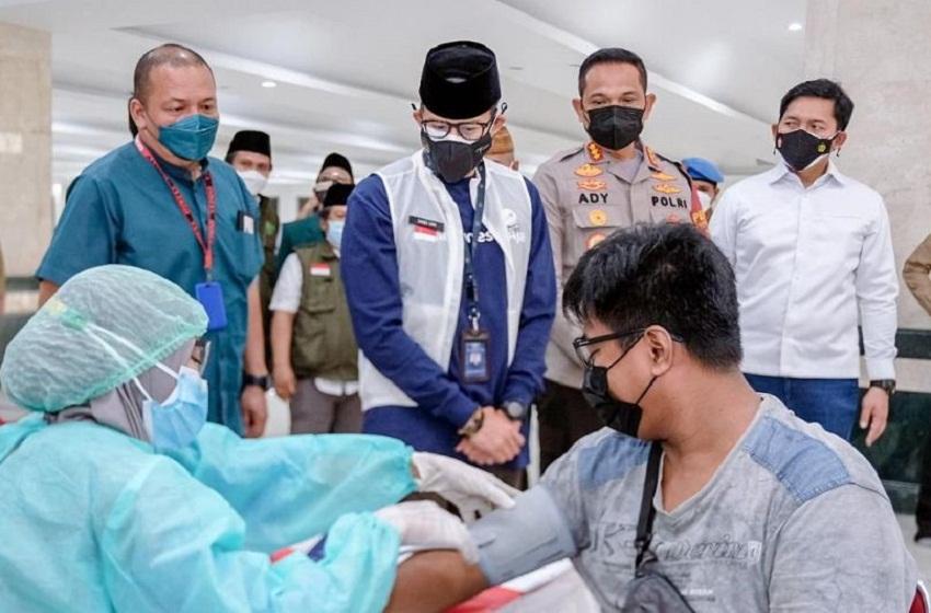 Menparekraf Harap Warga Jakarta Tidak Lengah Prokes Meski 95 Persen Telah Divaksin