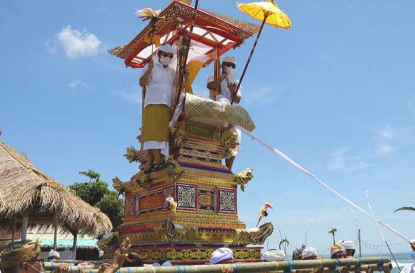 Pembelajaran Bali: Dimensi Sosial dan Kebijakan Penanganan Pandemi Covid-19