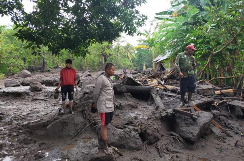 Banjir Bandang di Kabupaten Ngada NTT, 2 Warga Meninggal, 1 Orang Hilang