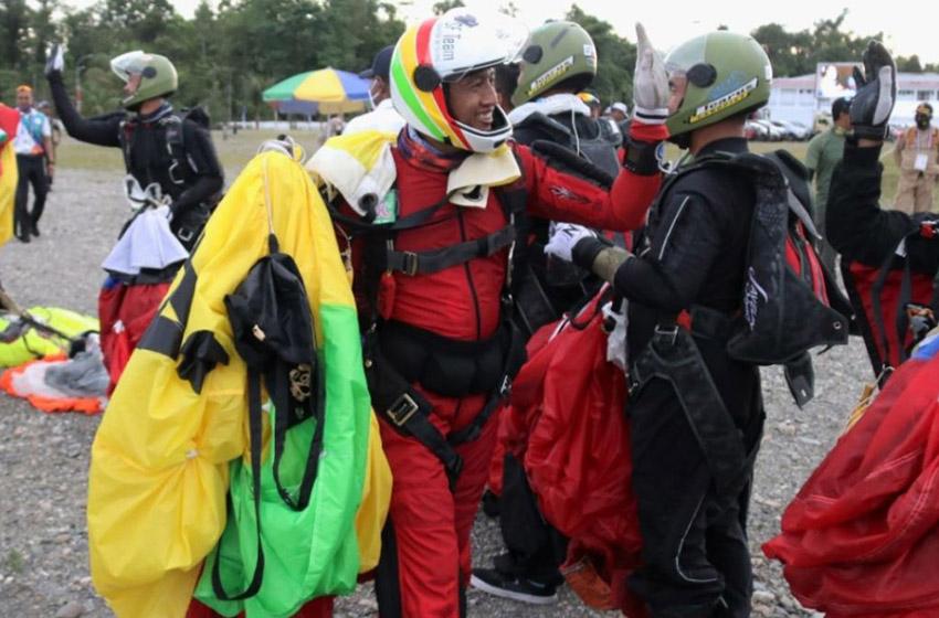 Papua Raih Emas Pertama Cabor Terjun Payung Nomor Kerjasama di Udara